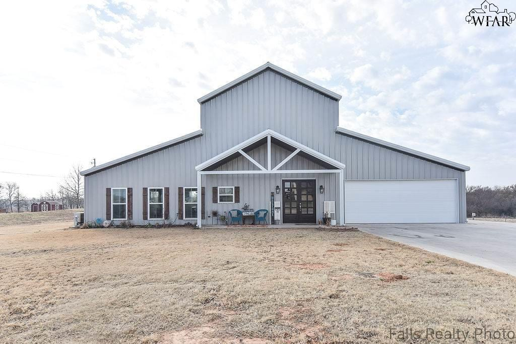 BurkBurnett TX Barndominium For Sale