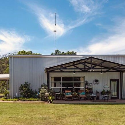 40 acre 4,270 sqft grand saline texas barndo